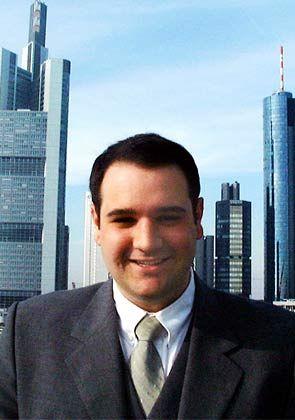 Große Töne: Marco Beckmann, Ex-Chefredakteur des Nanotech-Reports aus dem Hause Förtsch und Ex-Jurastudent, leitet Förtschs Beteiligungsgesellschaft Nanostart; er sieht das Unternehmen schon auf geradem Weg zum Global Player