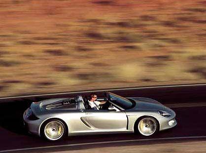 Porsche Carrera GT: In den ersten vier Monaten dieses Jahres lieferte Porsche in Deutschland 20 Carrera GT aus. Kaufpreis: über 450.000 Euro.