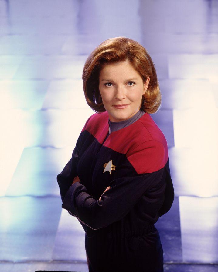 Captain Kathryn Janeway (Kate Mulgrew) kennt sich mit so ziemlich allem aus