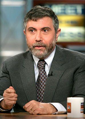 """Paul Krugman lehrt Wirtschaft an der Universität von Princeton und war mehrfach für den Nobelpreis im Gespräch. Als Autor der """"New York Times"""" hat er es in den USA zu großer Popularität gebracht. In seiner wöchentlichen Kolumne macht er keinen Hehl aus seiner Ablehnung für die Politik von Präsident Bush."""