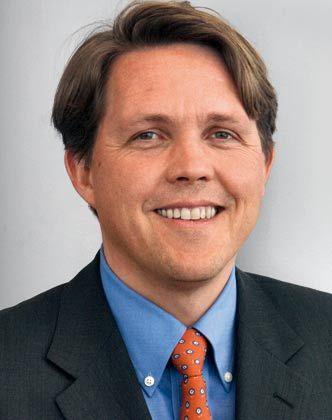 Jan-Christiaan Koenders, 43, ist seit April Leiter Markenführung BMW und BMW Group Marketing Services. Zuvor war er in verschiedenen Positionen des Markenmanagements des Münchener Autobauers tätig, unter anderem bei der Markteinführung des neuen Mini.