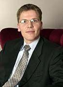 Gastautor Ulrich Bäumer berät unter anderem Dienstleister wie PwC und Software-Entwickler rund um das IT-Recht und den gewerblichen Rechtsschutz. Seit 2000 ist der Rechtsanwalt für die Kanzlei Heussen in Frankfurt am Main tätig.