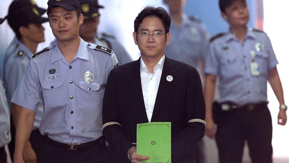 Keine Haft: Samsung -Erbe Lee Jae Yong bei einem Gerichtstermin im Jahr 2017.