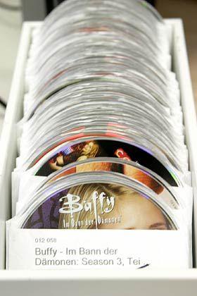 Große Auswahl: Etwa 80.000 DVDs befinden sich im Besitz des Unternehmens.