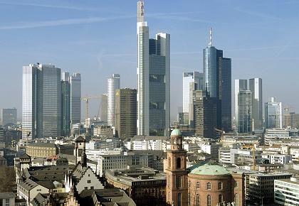 Bankenviertel Frankfurt: EU-Behörden sollen die Institute künftig auch kontrollieren