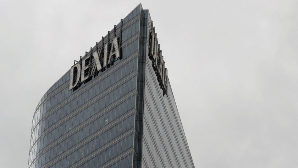 Die Dexia ist die erste Bank, die wegen der Schuldenkrise vor dem aus steht
