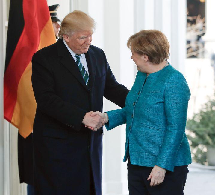 Bundeskanzlerin Angela Merkel und US-Präsident Donald Trump im Weißen Haus in Washington (USA)
