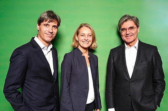Carsten Kratz (l.) mit Autorin Miriam Meckel und Siemens-Chef Joe Kaeser: Bei Bridgepoint hilft ihm sein dichtes Beziehungsgeflecht in der Konzernwelt