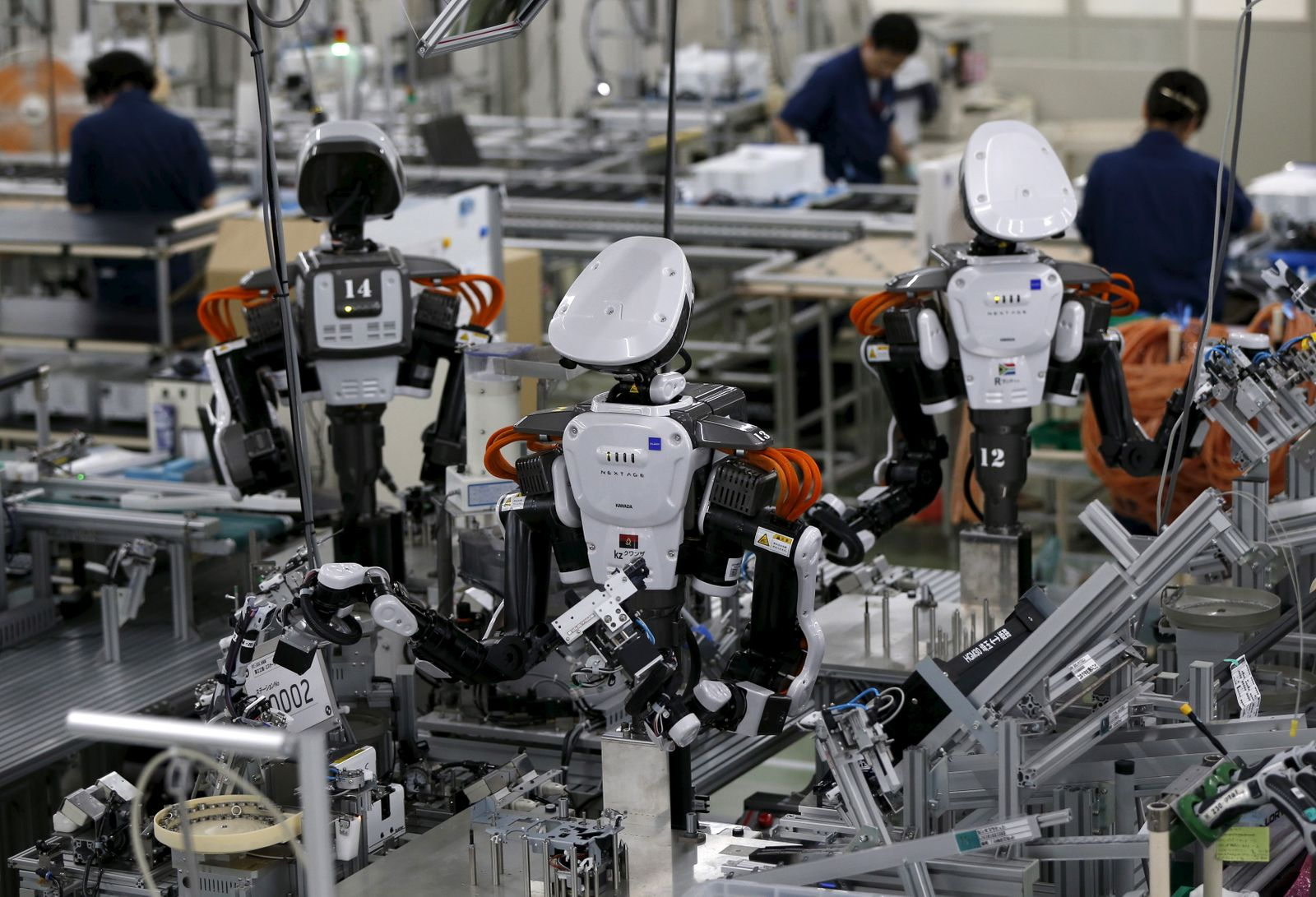 Roboter / Fabrik / Automatisierung