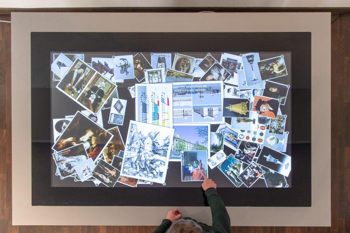 Medientisch: Was macht die digitale Welt mit unserem Gehirn?