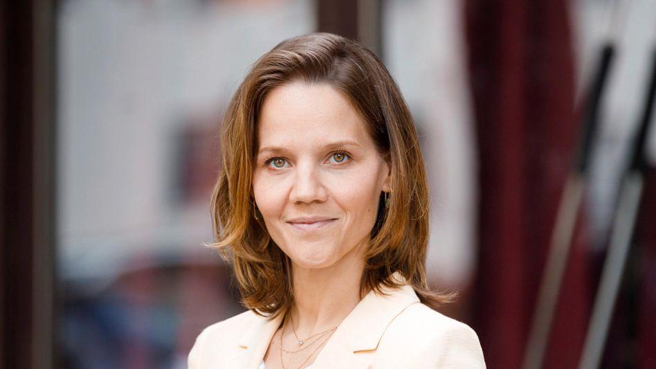 Will die Autokonzerne in die Pflicht nehmen: Die stellvertretende DHU-Geschäftsführerin Barbara Metz fordert von BMW und Mercedes ein klares Bekenntnis zum Ausstiegsdatum für Verbrenner