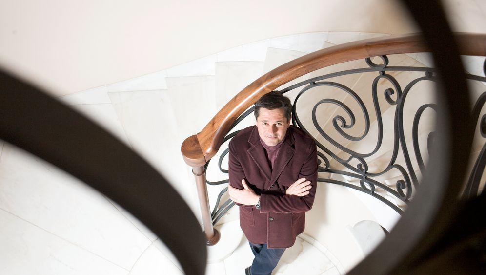 Feinste Stoffe: Der Luxusweber Roberto Colombo