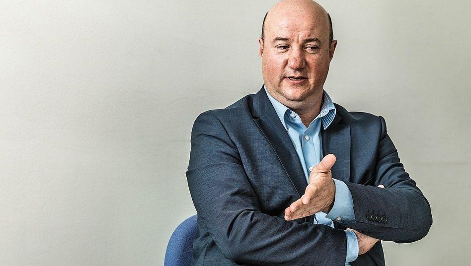 Warner: Michael Brecht (54) ist seit 2014 Chef des Gesamtbetriebsrats bei Daimler und Vize im Aufsichtsrat.