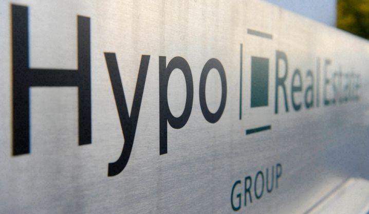 Hypo Real Estate: Georg Funke finanzierte langfristige Geschäfte mit kurzfristigen Krediten. Als dieses System zusammenbrach, musste der Rettungsfonds Soffin ran - und der Steuerzahler mit Milliarden einspringen