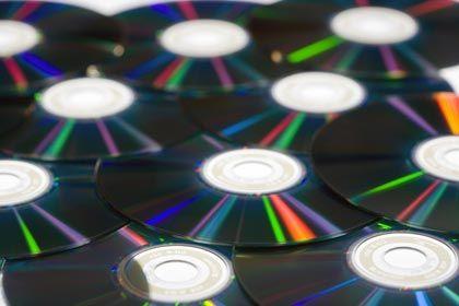 Datenmeer: Damit wichtige Informationen mit der Zeit nicht untergehen, ist pfleglicher Umgang mit den Silberscheiben angesagt
