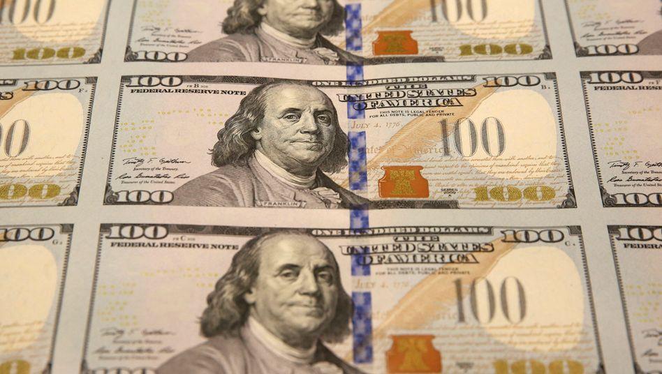 Druckfrische Dollarscheine: Die US-Währung gewinnt seit Monaten an Wert.