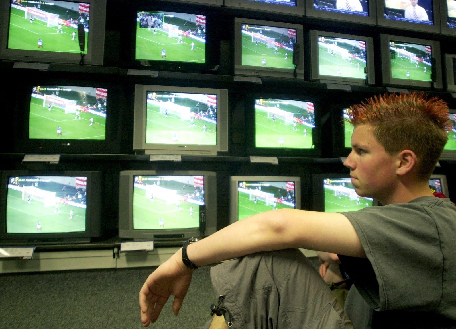 NICHT VERWENDEN Fernseher / Bildröhren-Fernseher