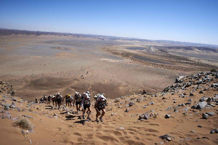 Eher etwas für Fortgeschrittene: Der Marathon des Sables in der südlichen Sahara ist 257 Kilometer lang.