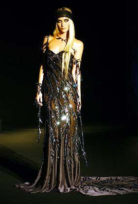 Edles für den Abend: Kleid von Versace