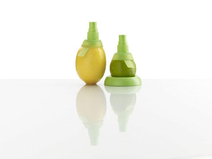 """Das Set aus einem kleinen Zerstäuber für Limetten und einem größeren für Zitronen begeisterte den Koch: """"Funktioniert super und man bekommt richtig viel Saft aus den Früchten raus."""""""
