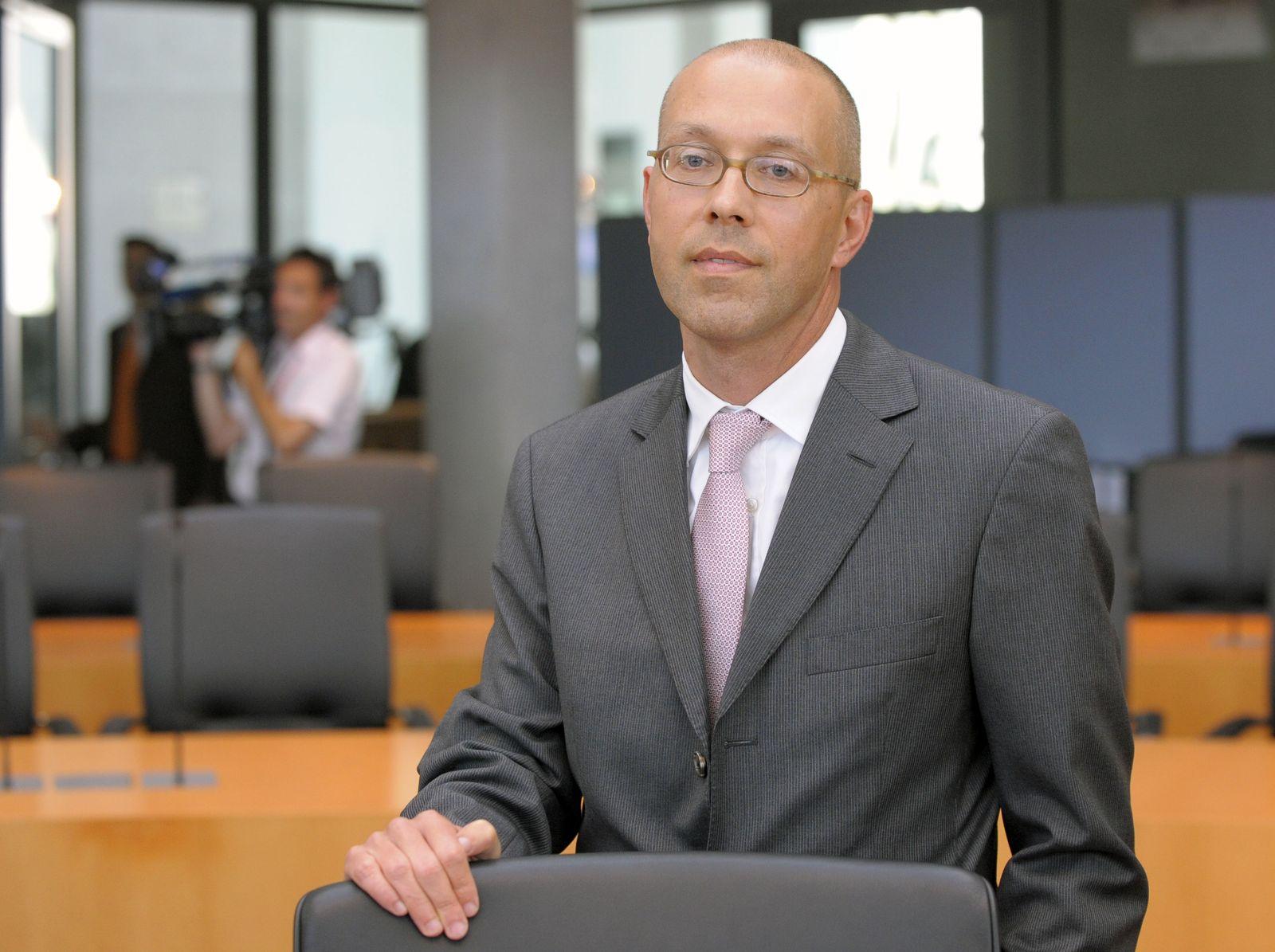THEMEN Jörg Asmussen