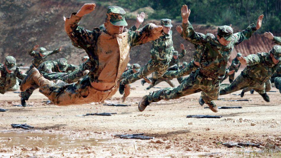 """Militärübung in China: China betrachtet Taiwan als """"abtrünnige Provinz"""". Der Konflikt macht Taiwan zum derzeit gefährlichsten Ort der Welt"""
