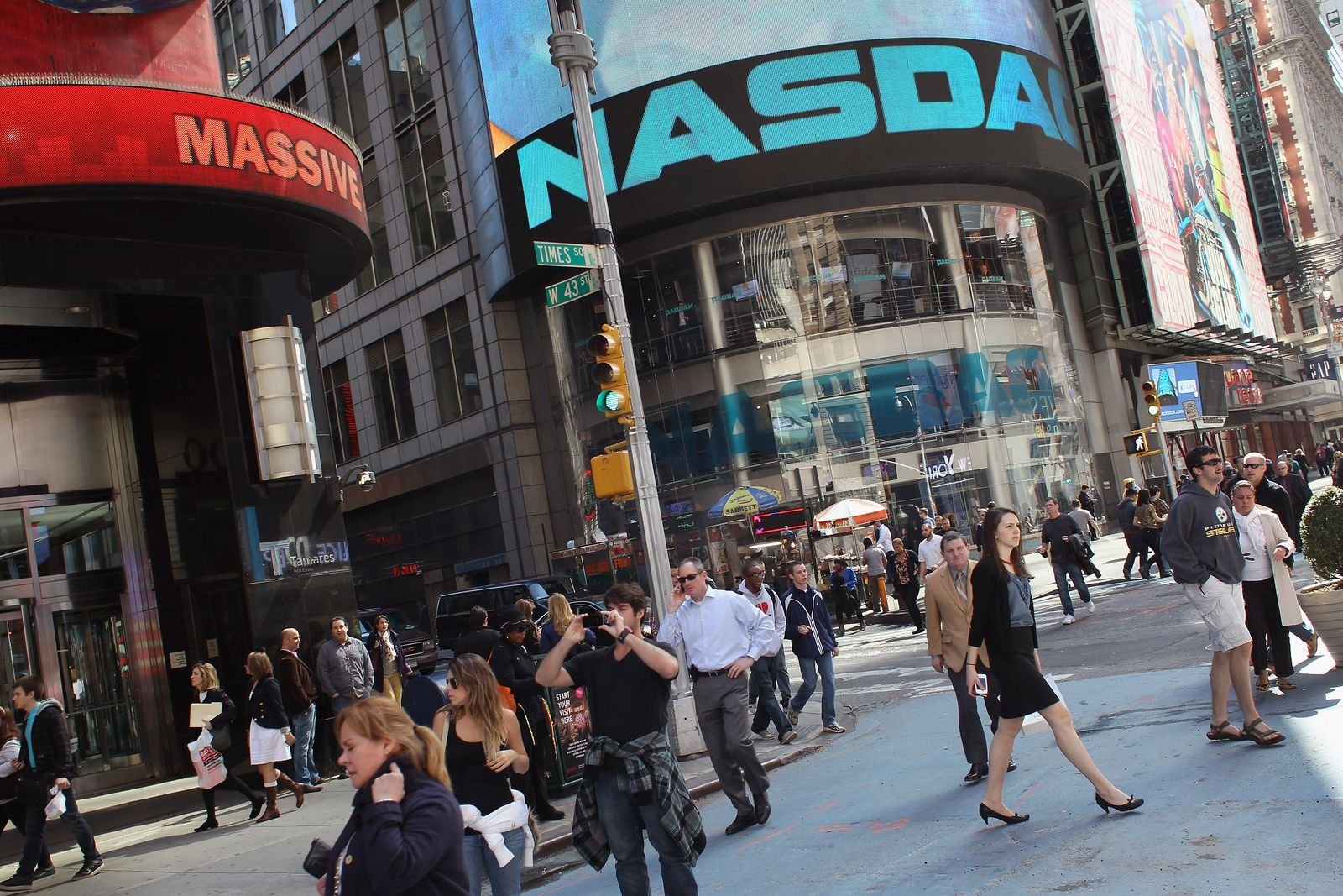 Nasdaq Exchange Hits Above 3,000, First Time Since Late 90's Tech Bubble
