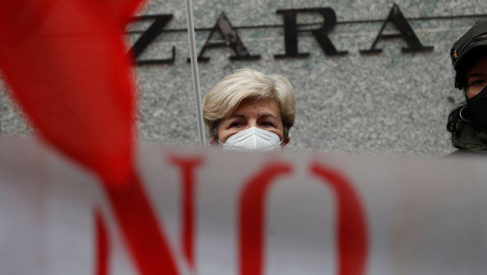 Prekäre Lage: Protest gegen Arbeitsbedingungen bei Inditex in Madrid