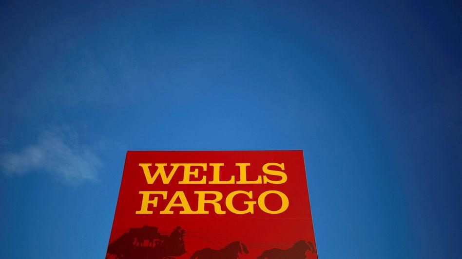 Filiale der Wells Fargo Bank in Chicago: Die Bank erhöhte ihren Gewinn um ein Drittel im dritten Quartal