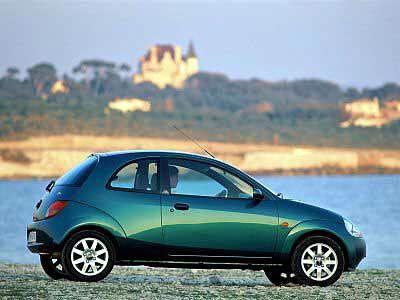 Ford Ka: Mit dem Ka deckt Ford erfolgreich das Kleinstwagen-Segment ab. Der Kleine ist für unter 10.000 Euro zu haben. Ein Nachfolger ist für 2007 geplant.