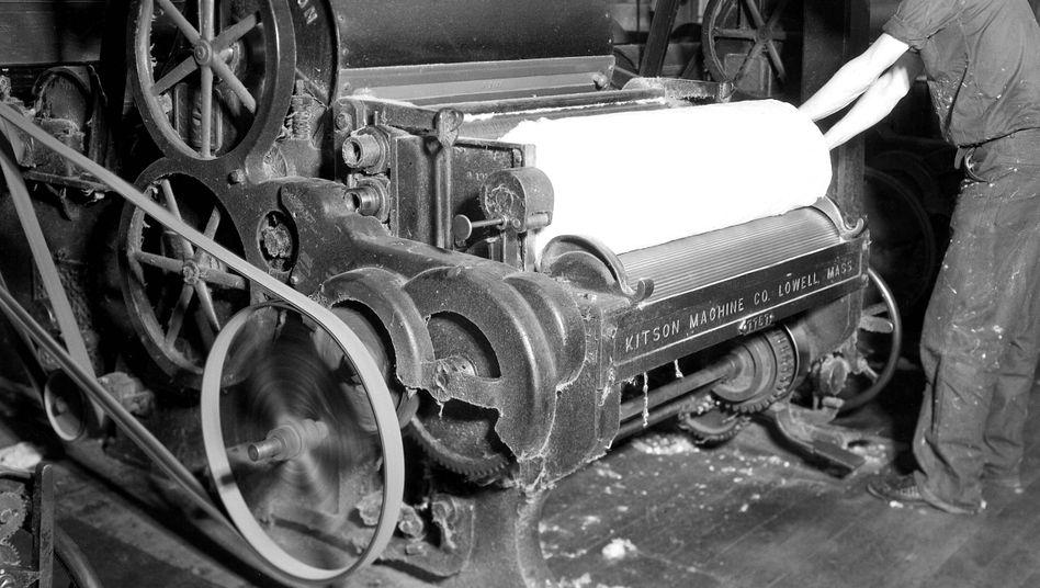Diese Maschine zur Textilproduktion in den USA ist nun wirklich alt - und verbrauchte vermutlich sehr viel Energie. Die Frage, wann Unternehmen in eine energieeffiziente Produktion und neue Maschinen investieren sollen, stellt sich aber nach wie vor
