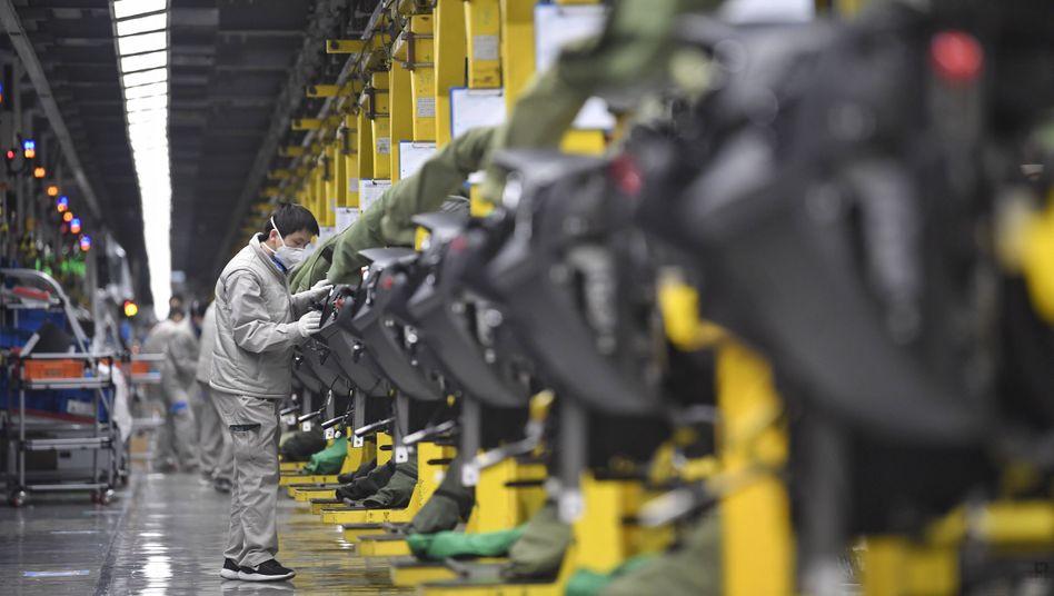 Corona-Wochen: VW-Werk im chinesischen Chengdu Mitte Februar