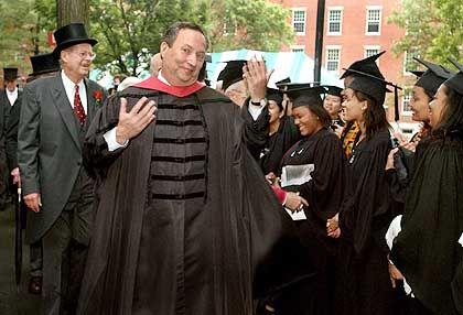 Uni-Präsident Larry Summers sucht einen Investmentexperten für den Harvard-Fonds
