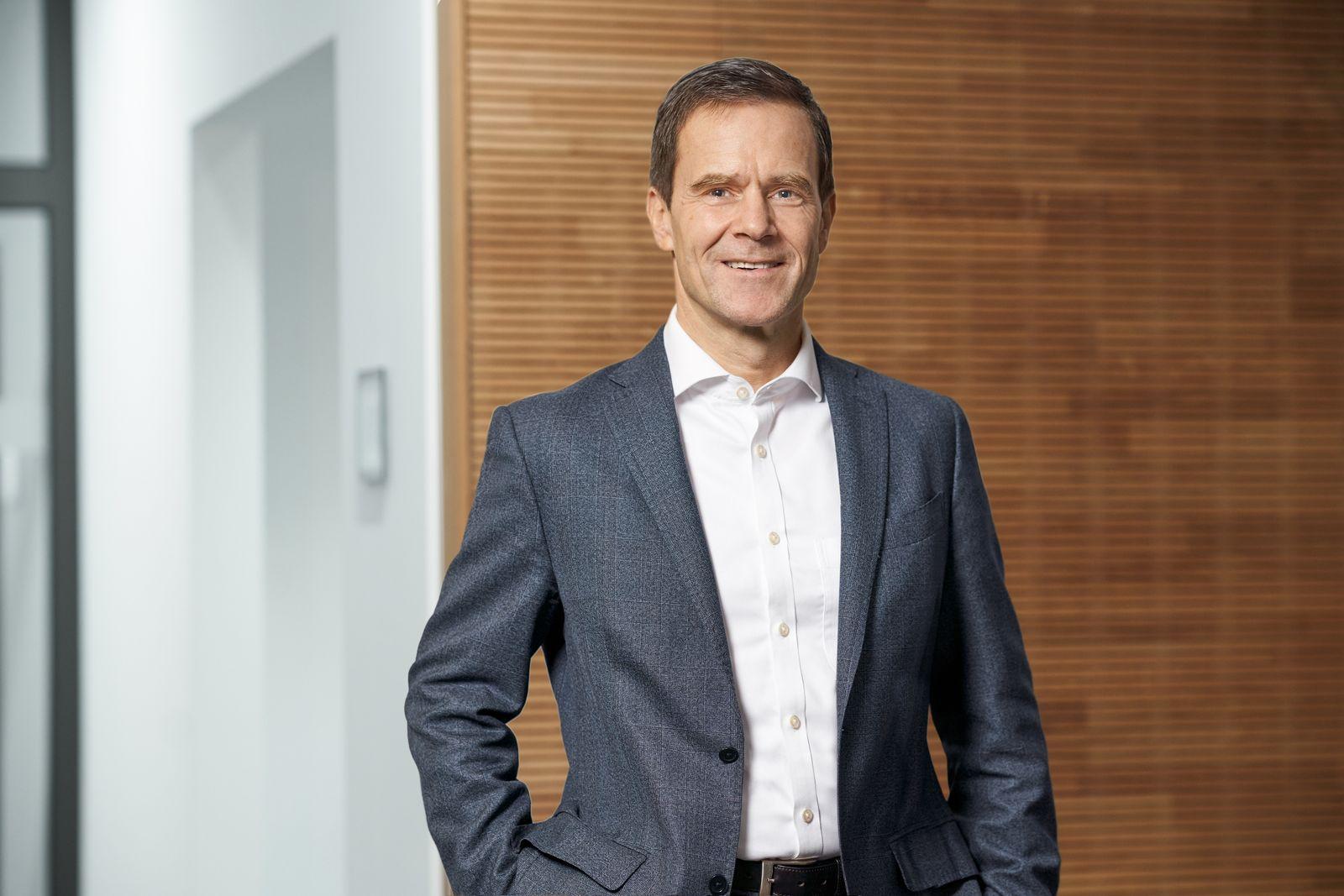Dr. Dominik von Achten