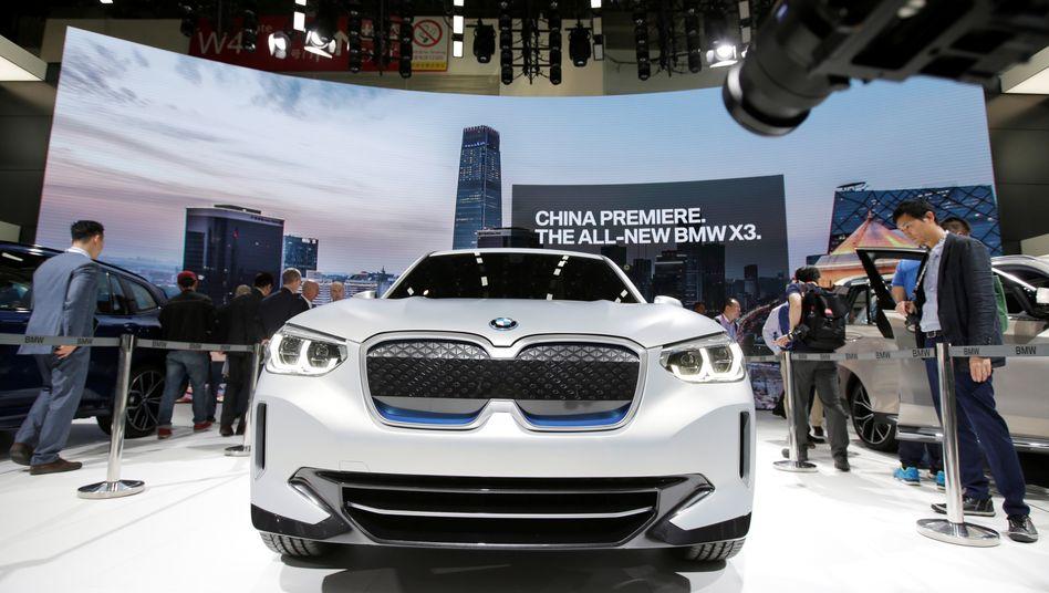BMW: Der X3 wird inzwischen auch in China hergestellt. Viele Geländewagen der X-Reihe werden jedoch aus dem US-Werk Spartanburg nach China importiert - und künftig mit Strafzöllen belegt