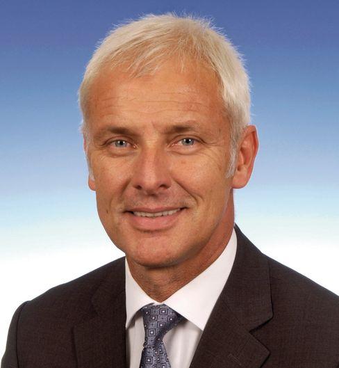 Hemdsärmelig im Dienst der Sache: Matthias Müller ist Nachfolger von Michael Macht als Porsche-Chef