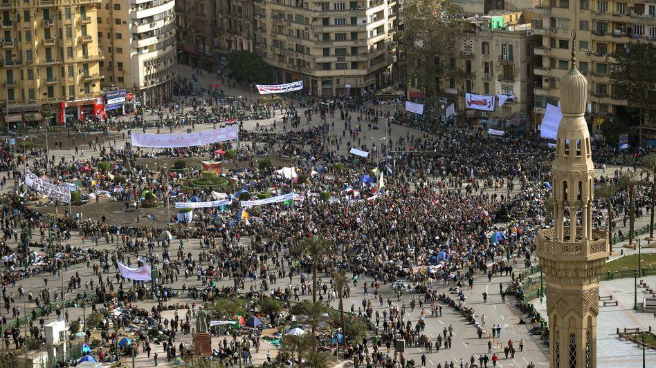 Demonstranten in Kairo: Der Tahrir-Platz hat sich zum Epizentrum der Bewegung entwickelt