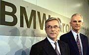 Nachfolge ohne Gerangel: Der scheidende BMW-Lenker Milberg und sein Aufsichtsratschef brachten ihren Wunschkandidaten Panke (r.) durch