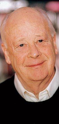 """Handy (76) arbeitete als Ökonom und Marketingchef für Shell und ist Mitgründer der London Business School. Zuletzt erschien seine Autobiografie """"Ich und andere Nebensächlichkeiten""""."""