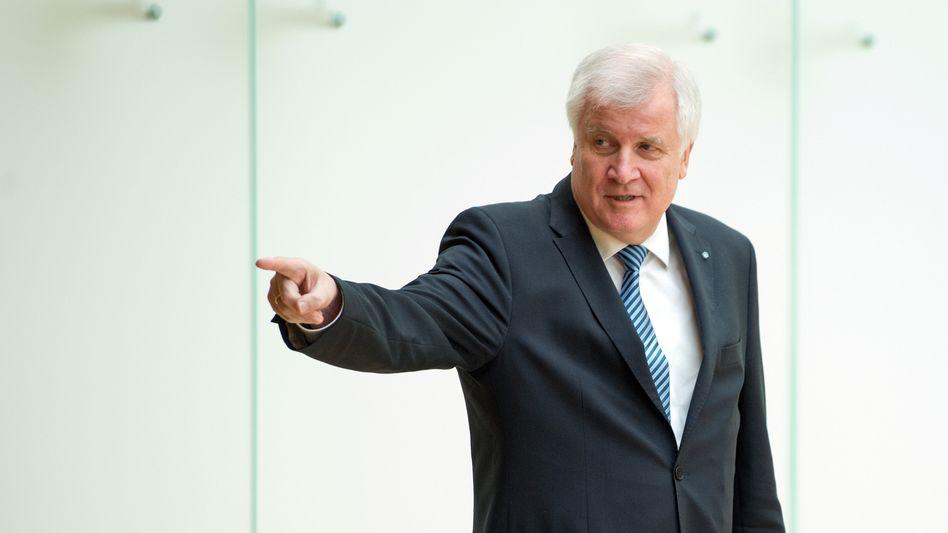 CSU-Chef Seehofer: 200.000 pro Jahr und nicht mehr