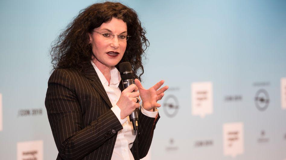 """Douglas-Chefin Tina Müller: """"Jahr des Aufbruchs"""" bei Douglas"""