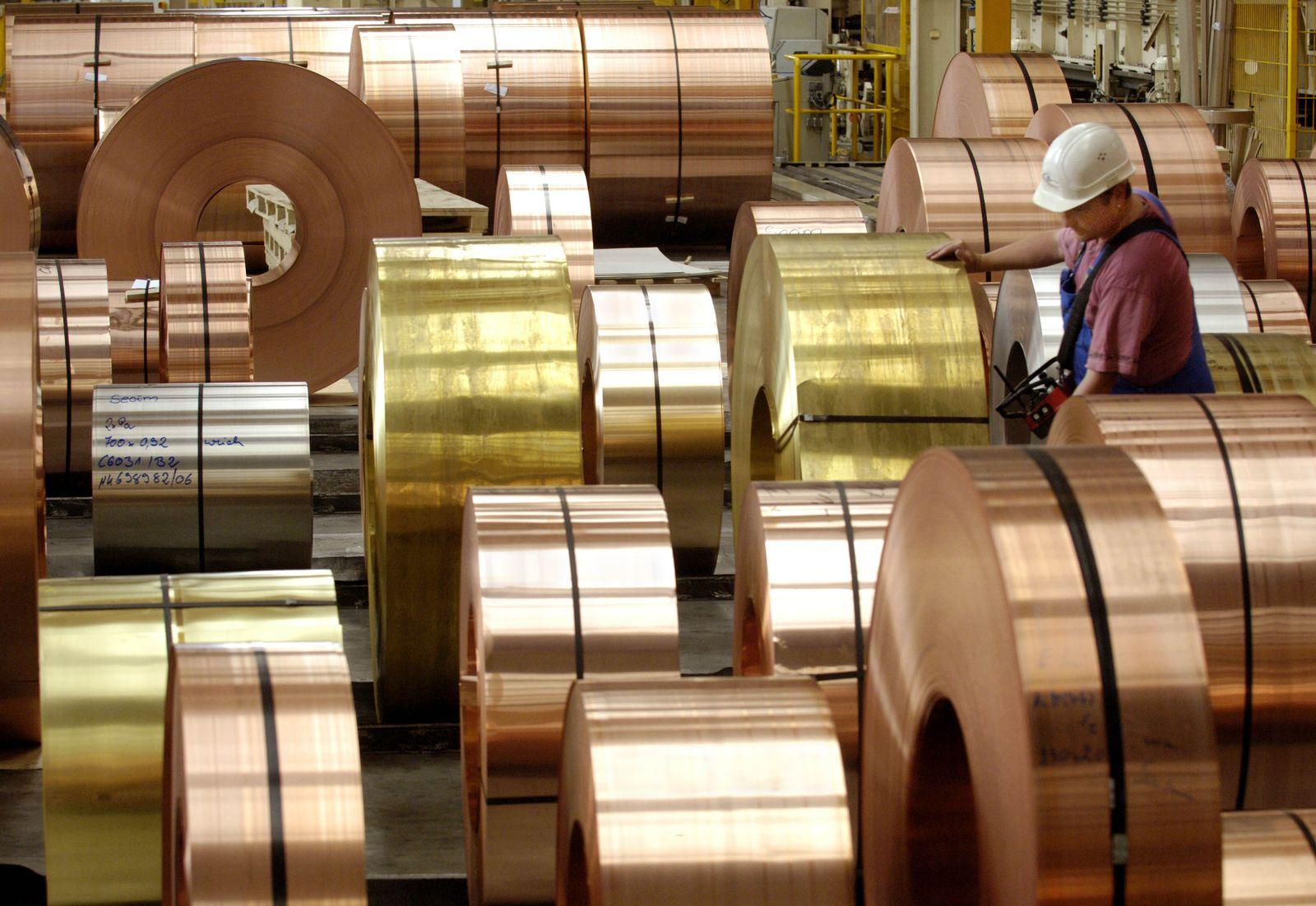Modernes Kupferhalbzeugwerk in Hettstedt