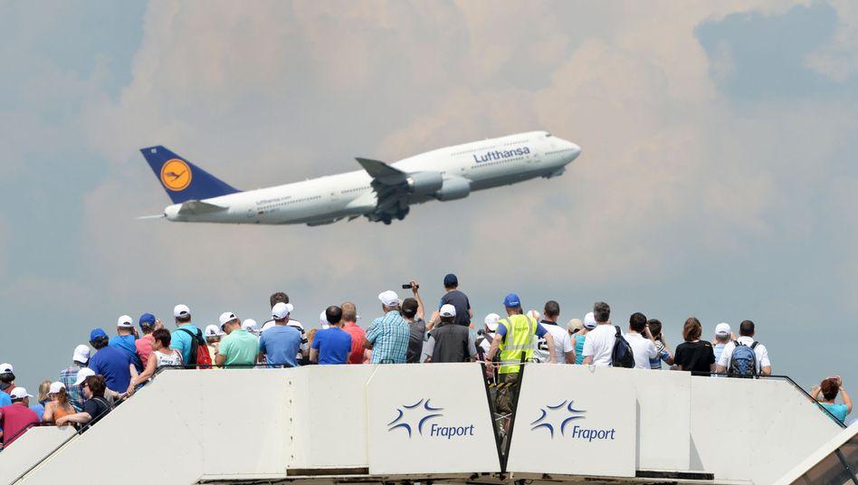 Boeing 747 der Lufthansa: Internationale Airlines schneiden im Ranking gut ab - die Mehrzahl der Unfälle ereignen sich bei kleineren Regionalfliegern
