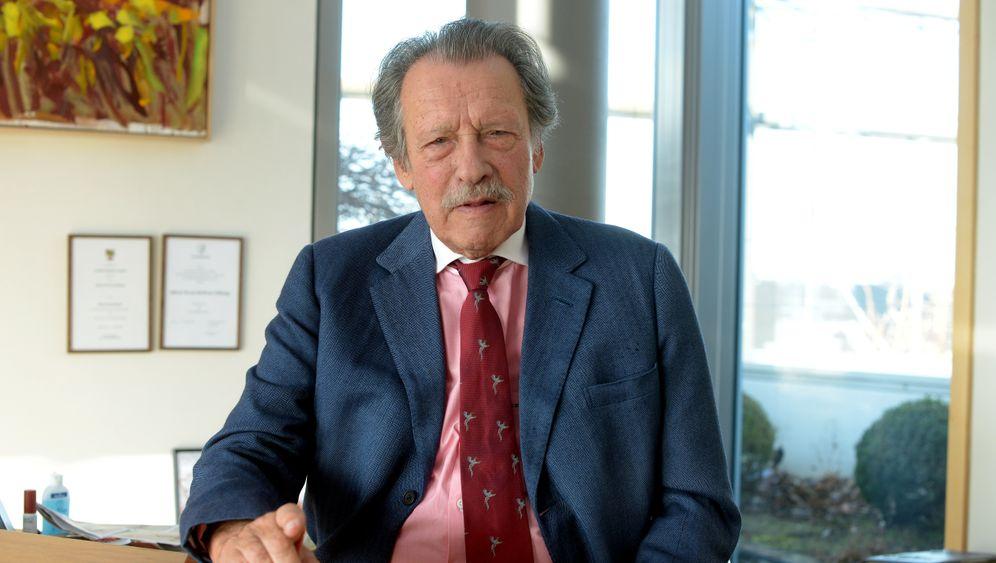 Konstantin Neven Dumont