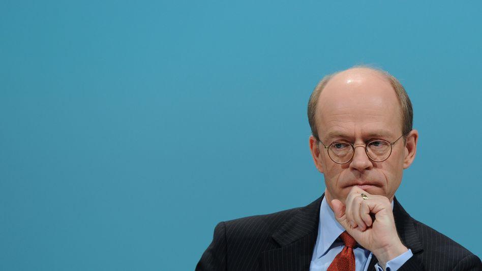 Schlechter Start ins Jahr: Katastrophen in Australien und Neuseeland verhageln Munich-Re-Chef Nikolaus von Bomhard das Geschäft