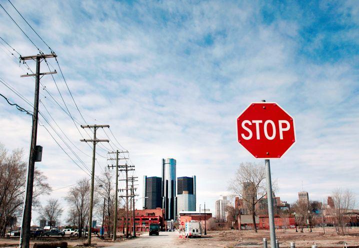 Ödnis in Detroit: Rund um die Konzernzentrale des weltgrößten Autoherstellers GM kosten Häuser nicht mehr als ein Mittelklassewagen