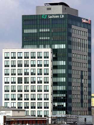 Eile scheint geboten: Nach Fehlspekulationen soll die SachsenLB durch einen schnellen Eigentümerwechsel gerettet werden