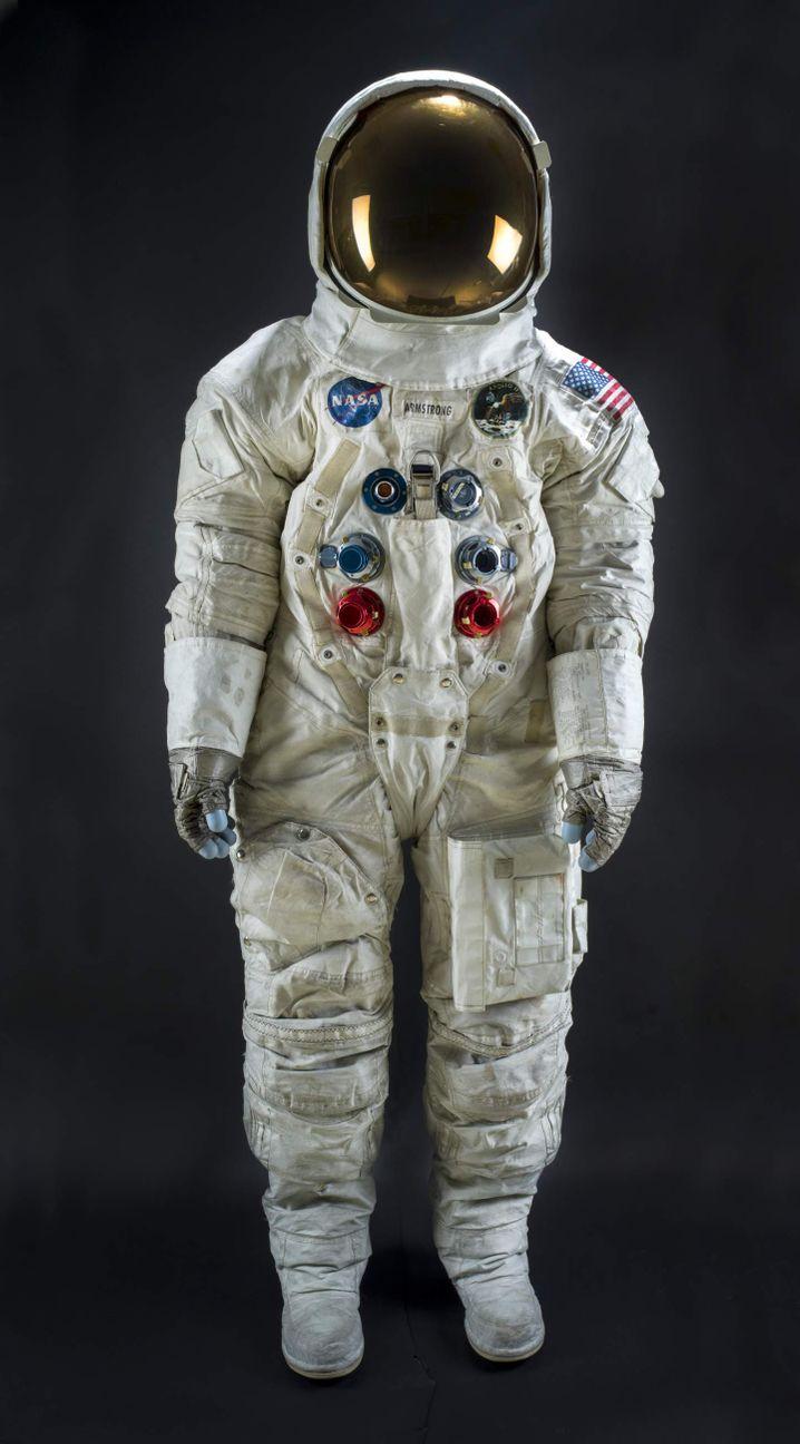 Zum Jubiläum aufwendig restauriert: Neil Armstrongs Raumanzug von der Apollo-11-Mission wird ab Juli 2019 wieder im National Air and Space Museum in Washington zu sehen sein.
