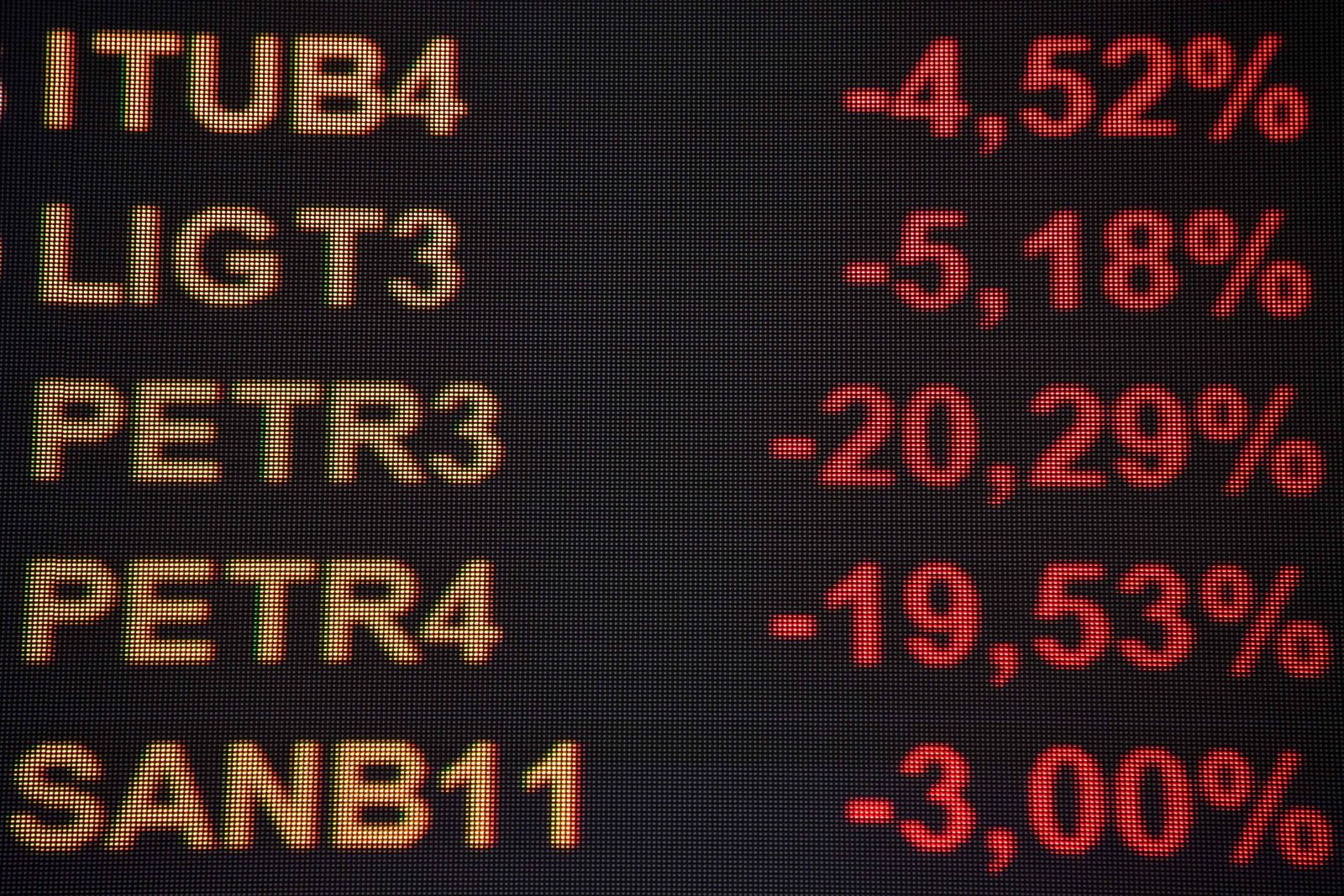 BRAZIL-FINANCE-ECONOMY-OIL-PETROBRAS