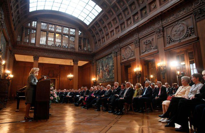 Festakt zum 200-jährigen Bestehen von Krupp in der Essener Villa Hügel: Von Krise zu Krise gezogen